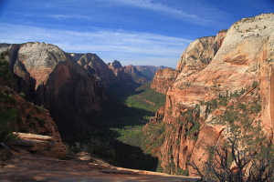 Looking south down Zion Canyon from Angels Landing